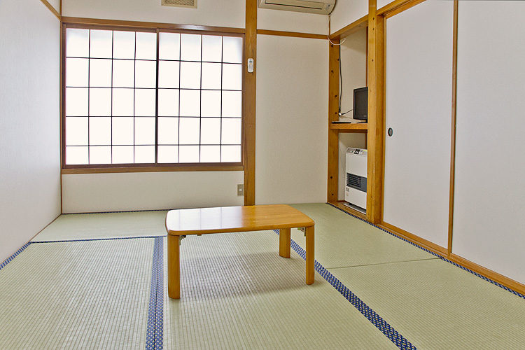 客室 6畳